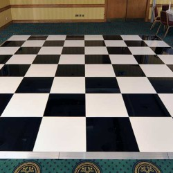 20\' x 20\' black and white dance floor